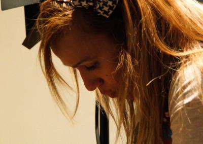 DAYANA Mediometraje rodado enteramente en la ciudad de Madrid. Escrita y dirigida por Karin Martinez. Cuenta la historia de un reencuentro entre cuatro amigos de la infancia, los cuales tenían más de 20 años de no coincidir todos juntos. Veinte años después por fin han podido reunirse… el motivo de este reencuentro es el entierro de Rubén … el mejor amigo de cada uno de ellos …